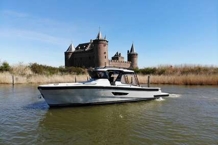 Bluegame 42 #18 for sale in Netherlands for €901,700 (£802,896)