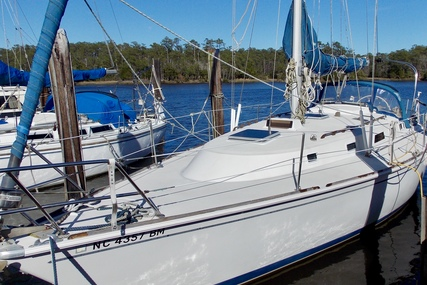 Pearson 36-2 for sale in United States of America for $33,000 (£26,583)
