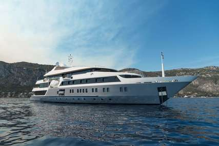 SERENITY for charter from €550,000 / week