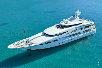 Capri i for charter from €265,000 / week