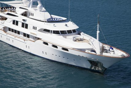 STARFIRE for charter from $228,000 / week