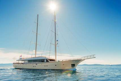 SON DE MAR for charter from €42,000 / week