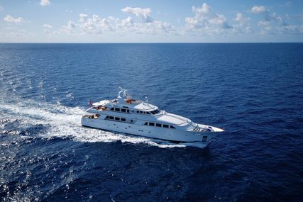 LADY J for charter from $109,000 / week