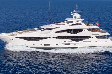 AQUA LIBRA 131 for charter from €145,000 / week