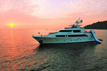 PIPE DREAM for charter from $125,000 / week