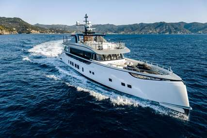 Spring for charter from €105,000 / week