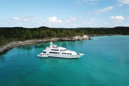 NICOLE EVELYN for charter from $89,500 / week