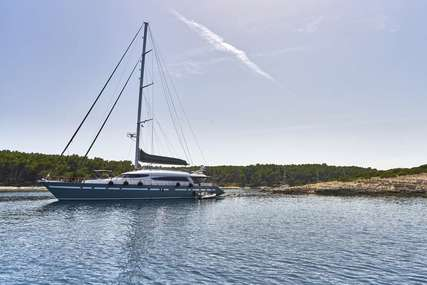 San LiMi for charter from €35,000 / week