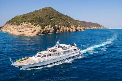 NAFISA for charter from €34,000 / week