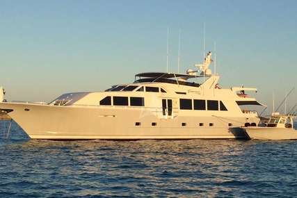 INDEPENDENCE 3 for charter from $44,500 / week