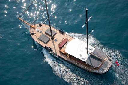 Vita Dolce for charter from €26,000 / week