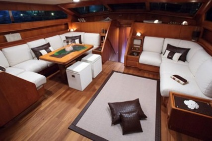 Benetti MY LOTTY for charter in  from €25,000 / week