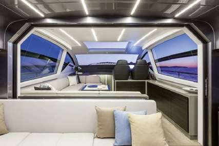 Pershing VELOCITY for charter in  from $42,000 / week