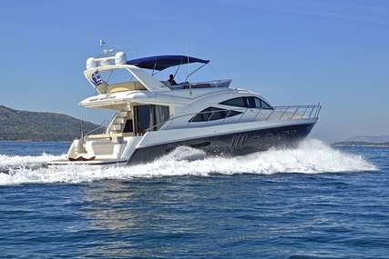 Sealine WAVE MASTER for charter in  from €12,500 / week