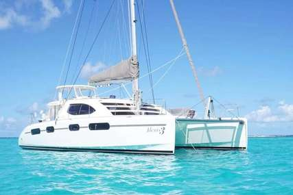 Robertson and Caine ALEXIS 3 for charter in  from $12,600 / week