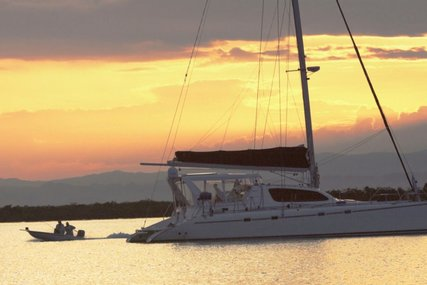 Robertson and Caine PALOMETA for charter in  from $10,990 / week