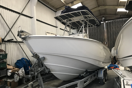 Boston Whaler 240 Outrage for sale in United Kingdom for £47,500