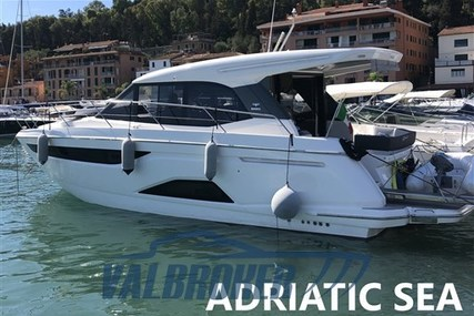 Bavaria Yachts R 40 Coupè for sale in Italy for €315,000 (£282,263)