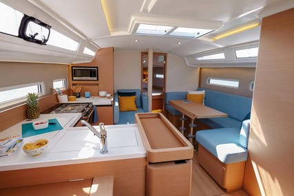 Jeanneau Sun Odyssey 410 for charter in Chesapeake from P.O.A.
