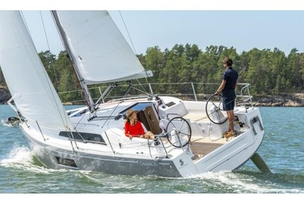 Beneteau Oceanis 30.1 for charter in Slovenia from €1,100 / week