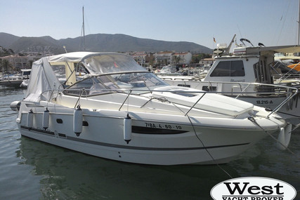 Jeanneau Leader 8 for sale in France for €49,900 (£45,103)