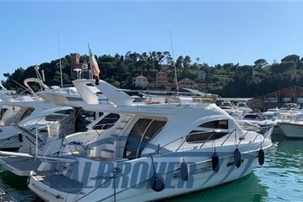Sealine F 42/5 for sale in Italy for €199,000 (£181,792)