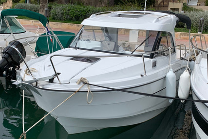 Beneteau Antares 8 OB for sale in France for €74,900 (£67,052)