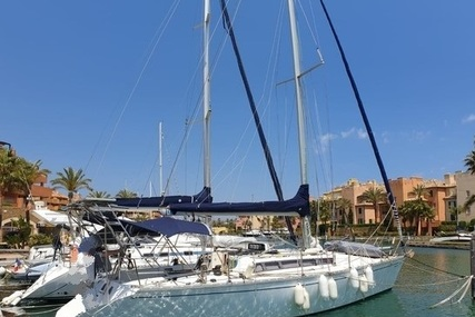 Jeanneau Sunshine 10.36 for sale in Spain for €45,000 (£41,013)