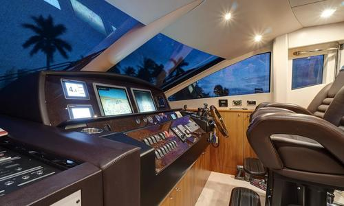 Image of Sunseeker 88 Yacht for sale in United States of America for $2,299,000 (£1,854,451) Miami, United States of America