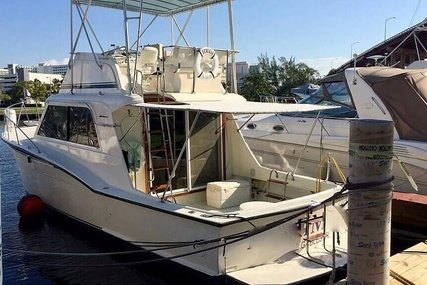 Hatteras 360 Convertible for sale in United States of America for $109,000 (£83,567)