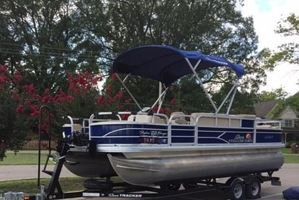 Sun Tracker Fishing Barge 22DLX for sale in United States of America for $36,200 (£29,710)