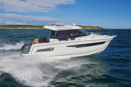 Jeanneau Merry Fisher 895 for sale in France for €118,800 (£107,372)