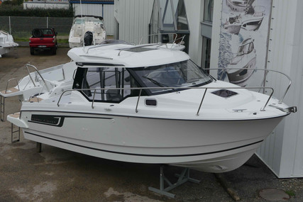Jeanneau Merry Fisher 795 for sale in France for €75,000 (£67,614)