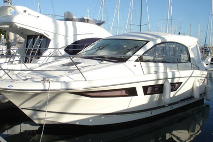 Jeanneau Leader 9 for sale in France for €70,000 (£63,073)