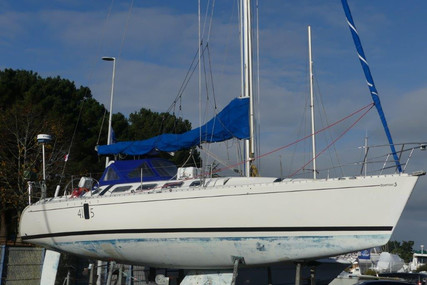 Beneteau First 41S5 for sale in France for €55,000 (£49,557)