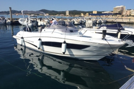 Jeanneau Cap Camarat 7.5 WA for sale in France for €62,000 (£55,847)