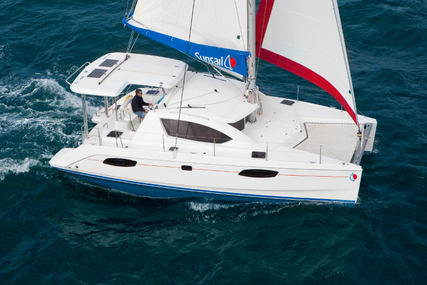 Leopard Sunsail 404 for charter in French Polynesia from €5,192 / week