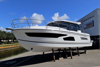 Jeanneau Merry Fisher 1095 for sale in France for €180,000 (£160,472)
