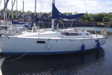 Beneteau Oceanis 320 for sale in United Kingdom for £14,995