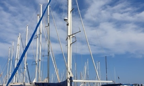 Image of Bavaria 42 CRUISER for sale in Spain for €76,000 (£65,978) Torrevieja, Spain