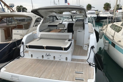Jeanneau Leader 36 for sale in France for €249,000 (£222,839)