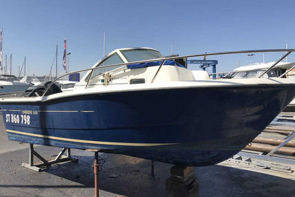 Beneteau Ombrine 550 WA for sale in France for €9,000 (£7,999)