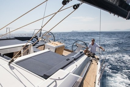 Beneteau OCEANIS 51.1 for charter in French Riviera from €2,070 / week