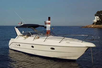 Sessa Marine Oyster 30 for sale in France for €33,000 (£29,574)