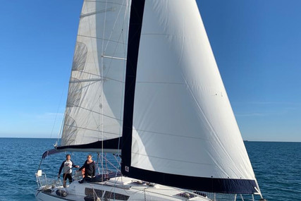 Jeanneau Sun Odyssey 33i for sale in France for €58,000 (£52,260)