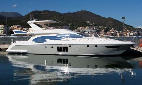 Image of Azimut Yachts 70 for sale in Italy for €1,390,000 (£1,251,835) Italy