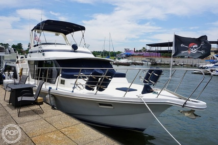 Bluewater Yachts 51 FC for sale in United States of America for $108,000 (£78,857)