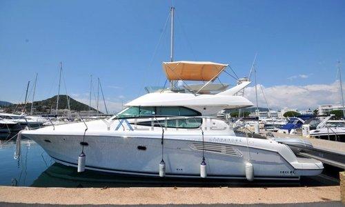 Image of Jeanneau Prestige 42 for sale in France for €189,000 (£172,617) SUD DE LA , France