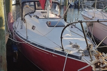 C & C Yachts 30 for sale in United States of America for $14,900 (£10,575)