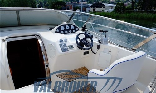Image of Bavaria Yachts 37 Sport for sale in Italy for €95,000 (£85,868) Lake Como, Italy